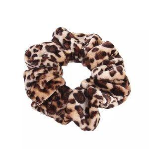 Leopard Hair Scrunchie